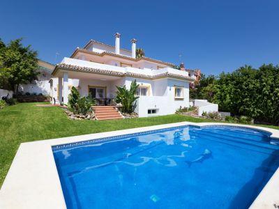 Villa en Atalaya de Rio Verde, Marbella