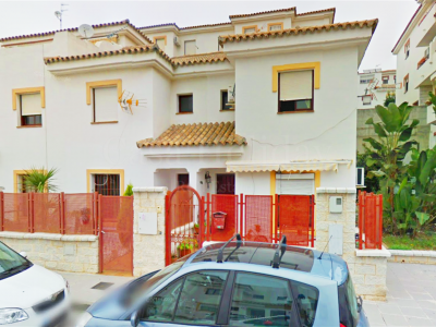 Town House in San Roque