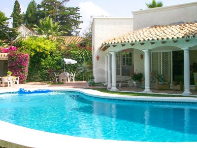 Casa en El Paraiso Playa, Estepona