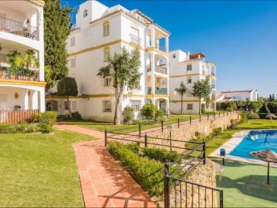 Apartment in Atalaya, Estepona