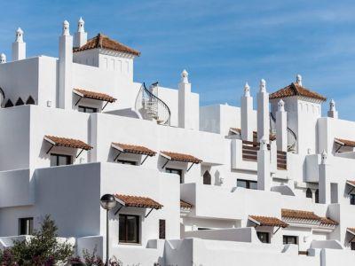 Appartamento piano terra  in New Golden Mile, Estepona