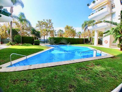 Apartamento en Playa Bajadilla - Puertos, Marbella