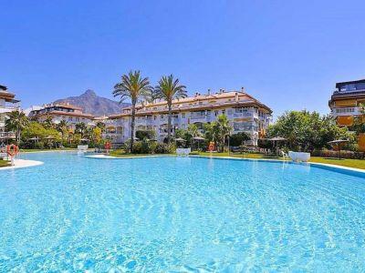 Apartamento en La Dama de Noche, Marbella
