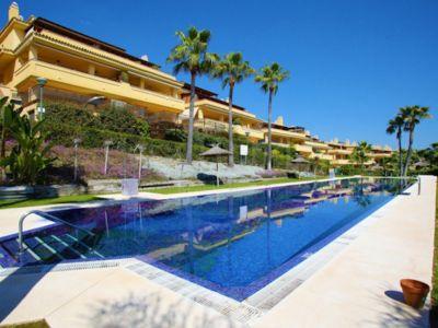 Apartment in Condado de Sierra Blanca, Marbella
