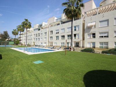 Квартира в La Corniche, Марбелья