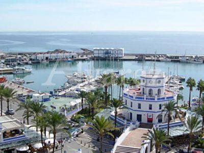 Commercial Premises in Estepona Puerto, Estepona