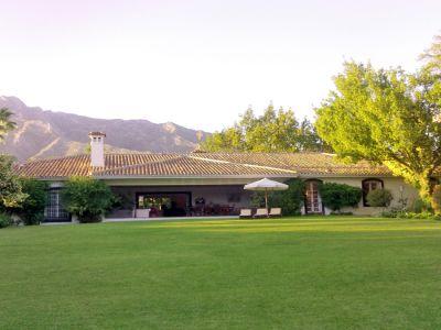 Villa in El Vicario, Marbella