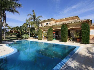 Villa in Carib Playa, Marbella