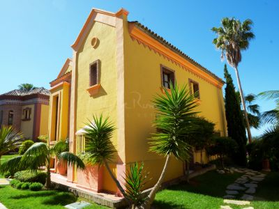 Villa in La Capellania, Marbella