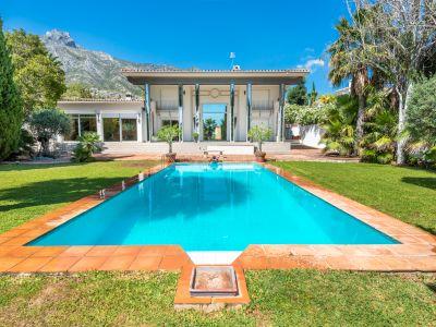Villa in Marbella Hill Club, Marbella