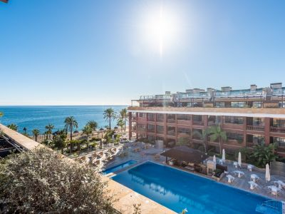 Penthouse in Guadalpin Banus, Marbella