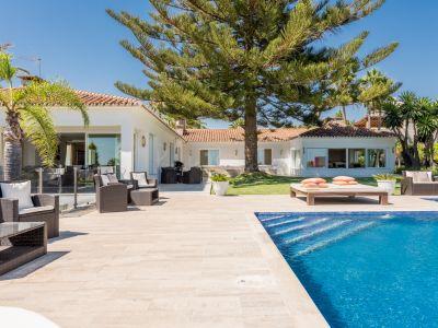 Villa in Elviria, Marbella