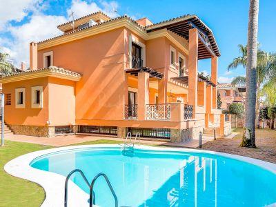 Villa in La Reserva de los Monteros, Marbella