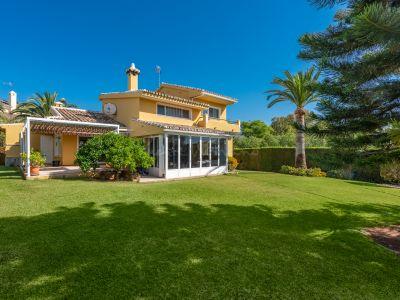 Villa in Cerrado de Elviria, Marbella