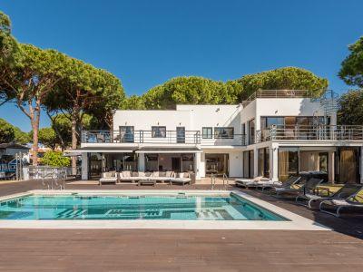 Villa in Artola, Marbella