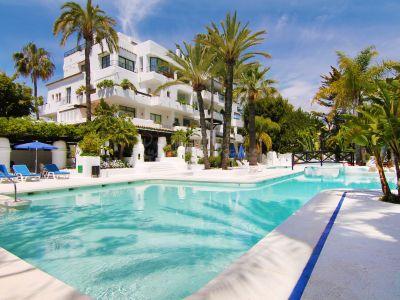 Apartment in La Isla, Marbella