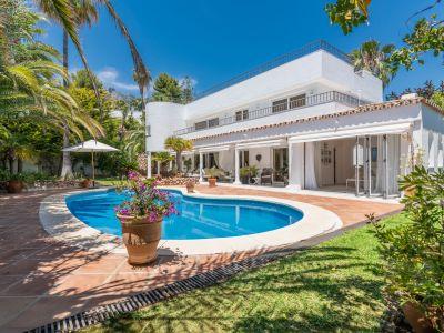 Villa in Altos Reales, Marbella