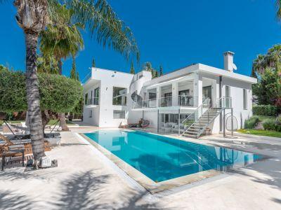 Villa in Los Naranjos, Marbella