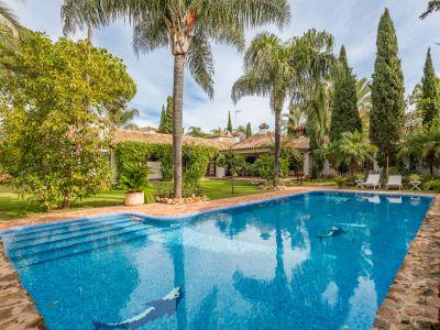 Villa in Supermanzana H, Marbella