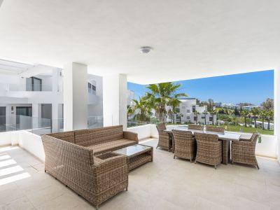Apartment in Las Terrazas de Atalaya, Estepona