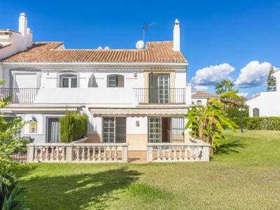 Town House in Monte Biarritz, Estepona