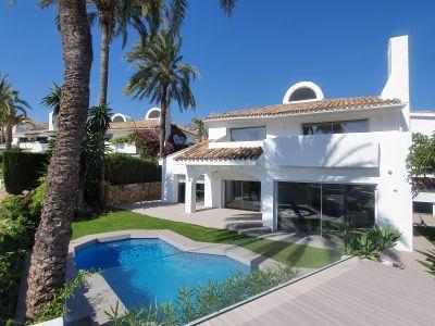 Villa in Ancon Sierra, Marbella