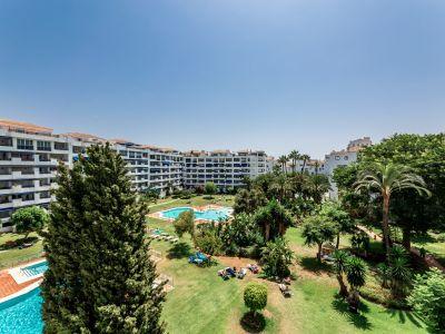 Apartment in Jardines del Puerto, Marbella