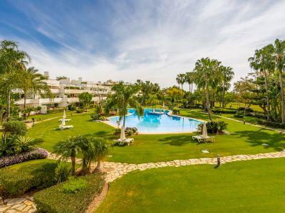 Apartment in Los Granados Golf, Marbella