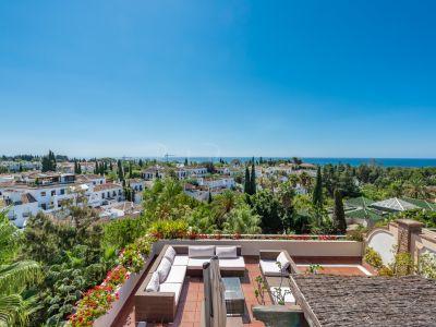 Duplex Penthouse in El Mirador del Principe, Marbella