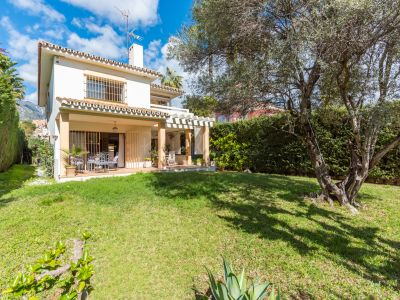 Villa in Huerta Belón, Marbella