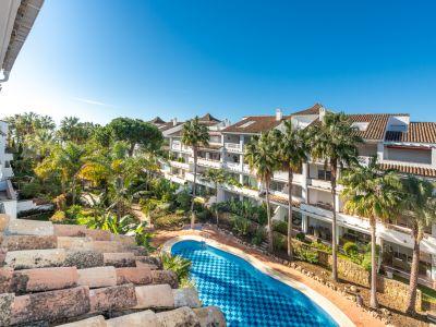 Penthouse in Las Cañas Beach, Marbella
