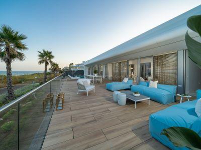Villa in Estepona Playa, Estepona