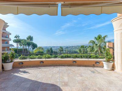 Duplex Penthouse in Magna Marbella, Marbella