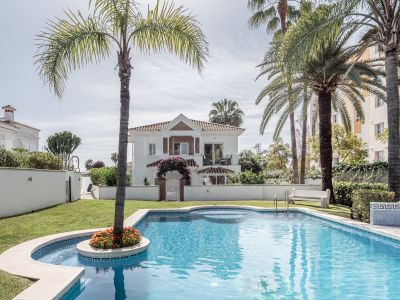 Villa in Monte Biarritz, Estepona