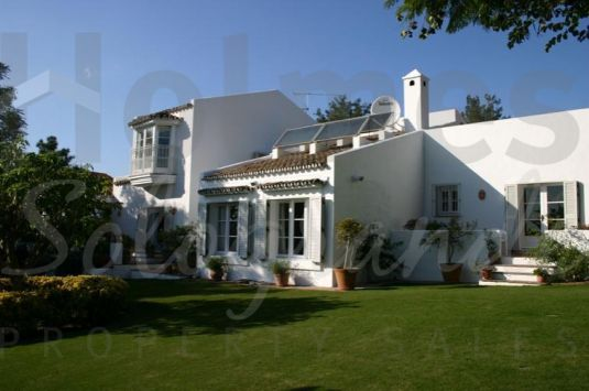 Villa for Sale in Valderrama Golf, Sotogrande