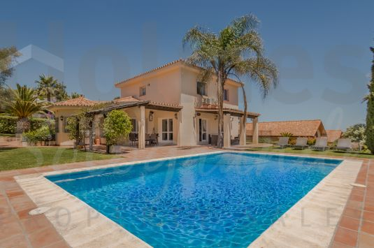 Spacious 2 storey family villa with views to the sea and San Roque Golf Course.