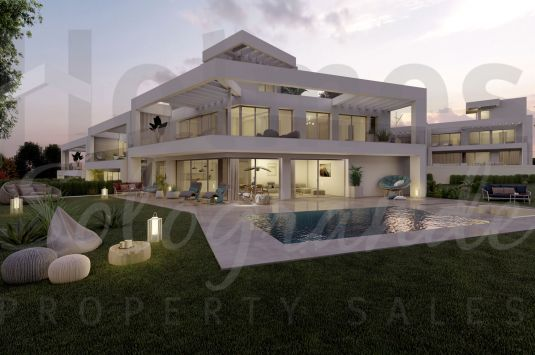 Luxury semi detached villa in La Finca Fase 3, a new luxury development on the edge of La Cañada Golf Club boasting great views.