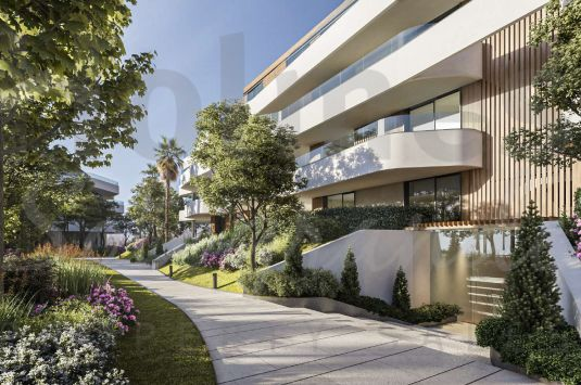Stunning 4 bedroom apartment in the luxurious complex of Village Verde.