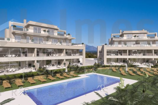 First floor 2 bedroom apartment in the new development of Emerald Green in San Roque Club.