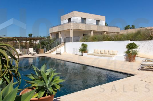 Impressive contemporary villa, located in the gated community of Los Altos de Valderrama, offering superb accommodation for modern living.