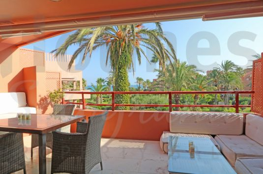 3-bedroom apartment in the highly popular Beach Apartments at Puerto de Sotogrande.