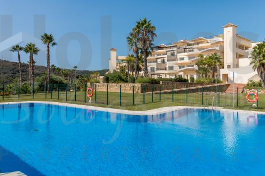 Spectacular 3rd floor San Roque Club apartment with fantastic sea views.