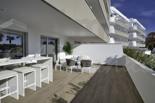 Ground floor apartment in the new luxury development of PIER in the Sotogrande Marina.