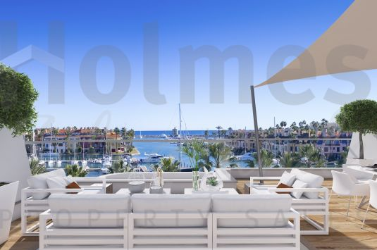 Dúplex penthouse in the new luxury development of PIER in the Sotogrande Marina.