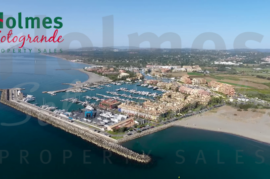12 x 4,5 m mooring for sale in Puerto Deportivo de Sotogrande.