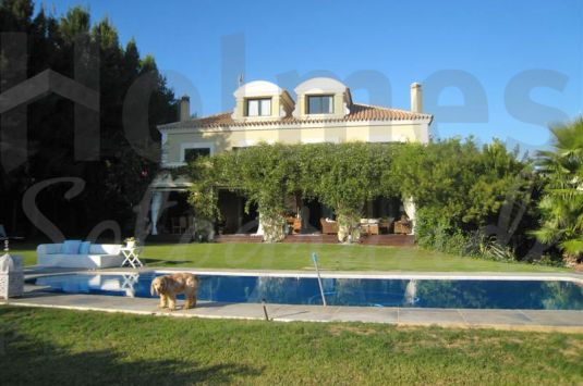 Villa for Sale in Sotogolf - Sotogrande Villa