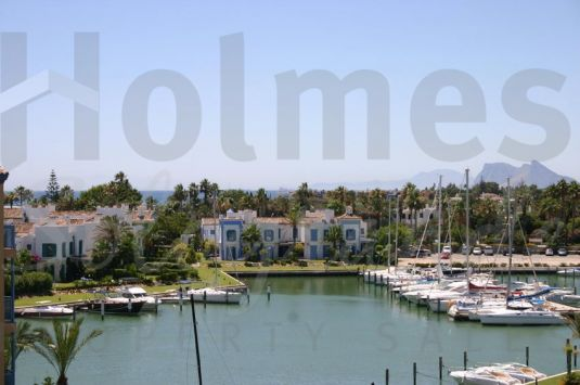 Penthouse for Sale in Ribera de la Romana, Sotogrande