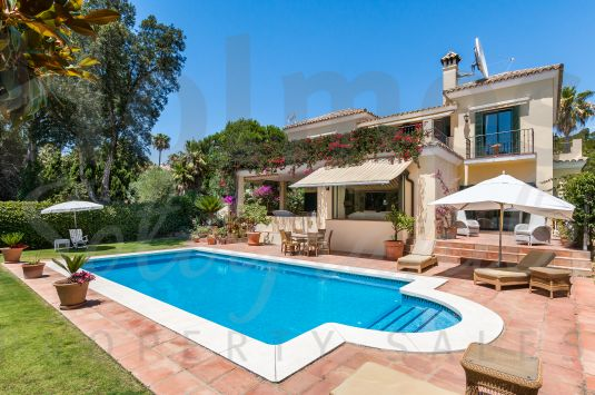 A lovely 2 storey villa with a south facing aspect and offering super views over a green zone to San Roque and Almenara Golf Courses