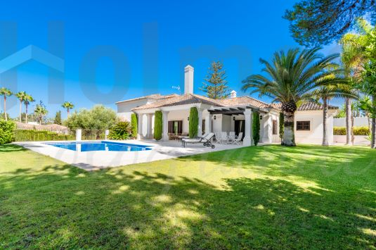 Fantastic villa in Sotogrande Costa in excellent order.