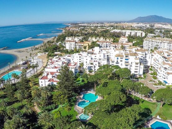 2 bedrooms apartment for sale in Playas del Duque, Marbella - Puerto Banus | Banus Property